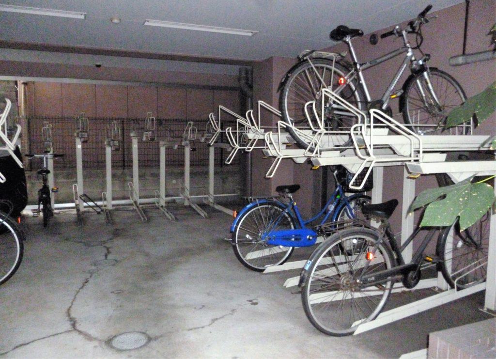ガーラ蒲田の駐輪場です。 月額無料。 登録料が2000円です。