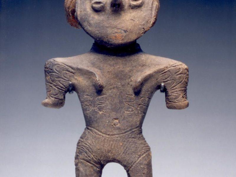 シカゴ美術館のパブリックドメインより縄文時代の土偶です。