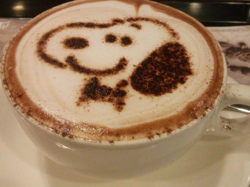 寒い日に飲みたいカフェラテです。