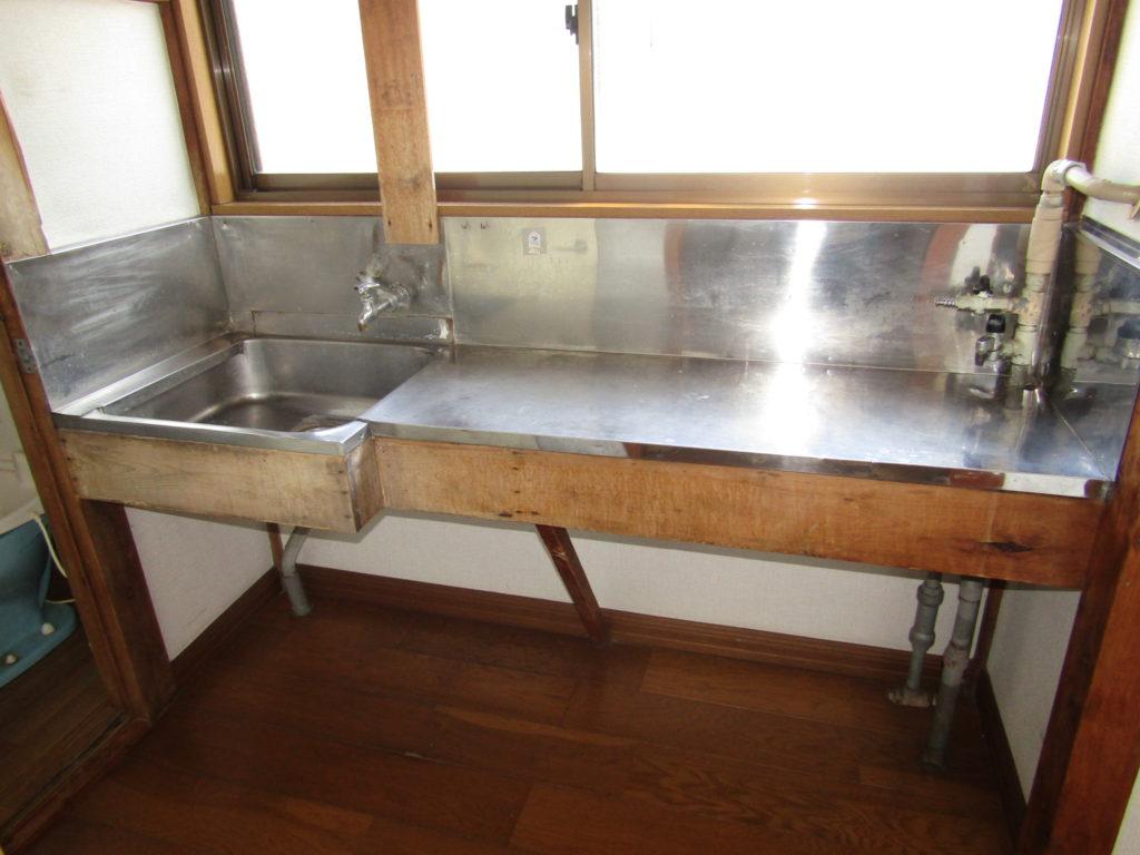萩中1丁目DIY貸家の2階洗面台です。