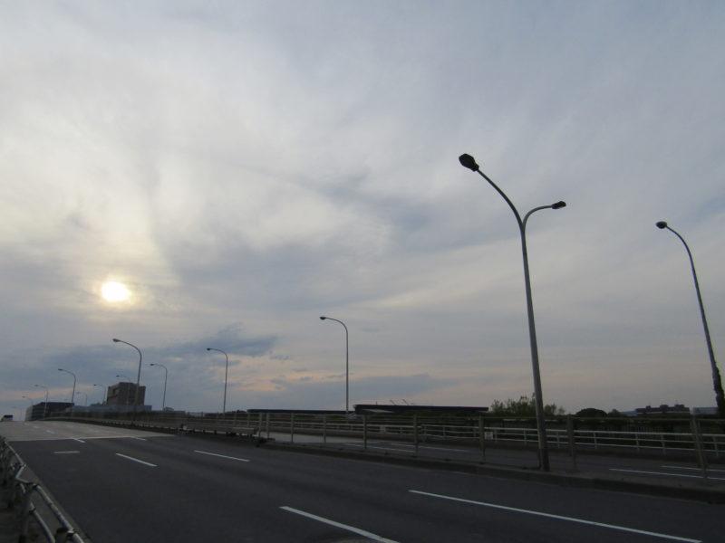 大田区の埋め立て地を渡る橋です。