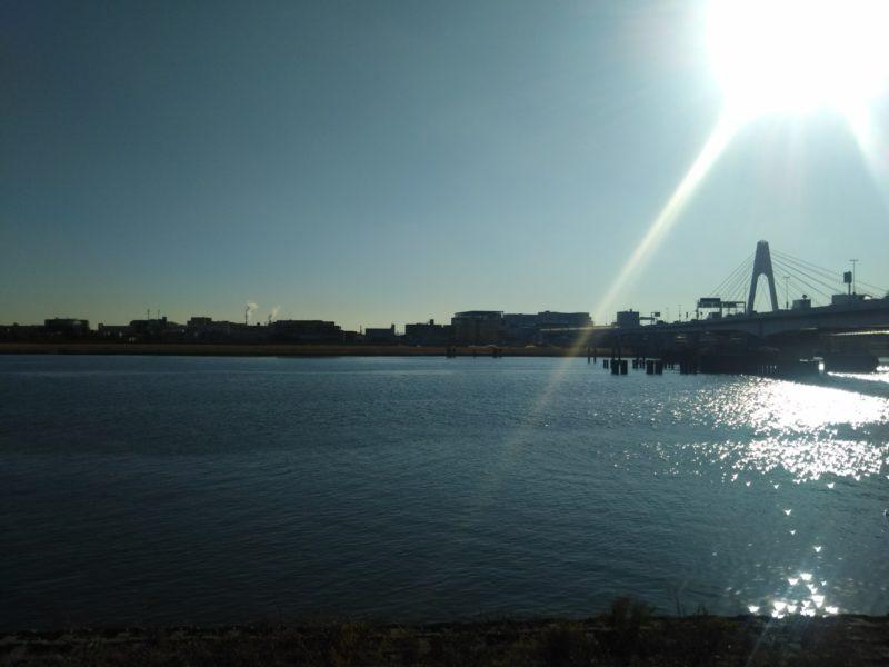 多摩川の河口付近と大師橋です。