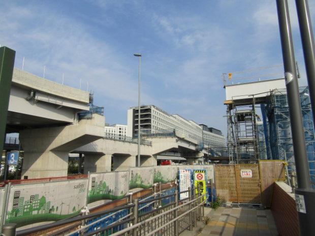 羽田空港と川崎を結ぶ橋の羽田空港側の連結地点です。
