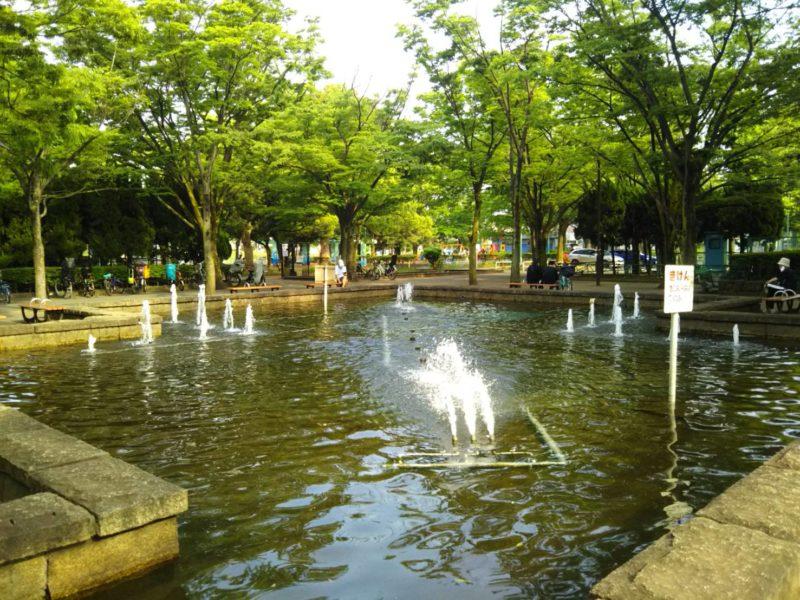 大田区の萩中公園の噴水です。