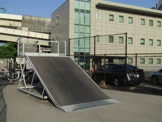 川崎市大師河原のスケートボードパークです。